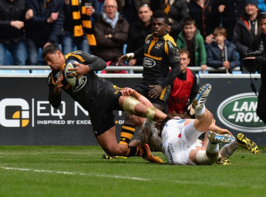 Charles Piutau scores for London Wasps against Exeter Chiefs in the Champions Cup Quarter-finals