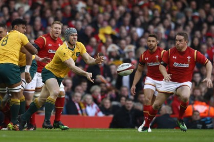 the-australia-back-rower-david-pocock-throws-a-pass-against-wales-at-principality-stadium-during-the-november-internationals-in-2016