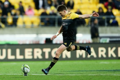 The Hurricanes playmaker Beauden Barrett goalkicking against the Cheetahs during Round 13 in Super Rugby 2017 at Westpac Stadium, Wellington