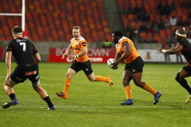 The Cheetahs prop Ox Nche carrying the ball against the Southern Kings in the last Super Rugby game for both franchises, in 2017