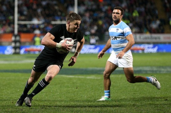 Beauden Barrett scores a try for New Zealand against Argentina at Yarrow Stadium, in New Playmouth during Round 3 of Rugby Championship 2017