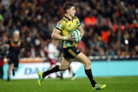 Beauden Barrett ball in hand for the Hurricanes against the Chiefs during the Super Rugby game played in Hamilton, in 2018