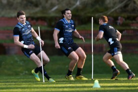 Beauden Barrett training with his Hurricanes teammates in Wellington before the 2018 Super Rugby play-offs game against the Chiefs