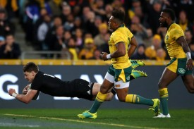 Beauden Barrett scores a try for New Zealand against Australia during the 2018 Rugby Championship at ANZ Stadium, in Sydney
