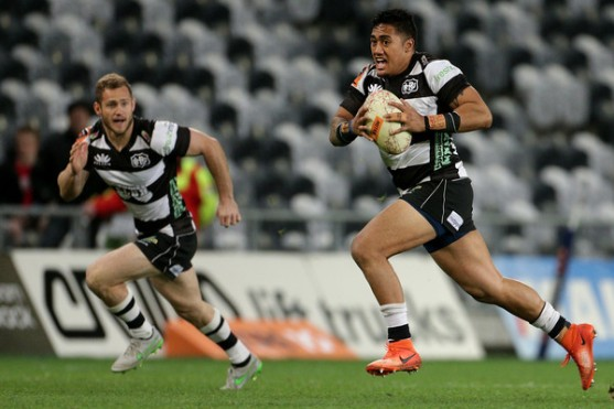 Jamie-Jerry Taulagi scored a stunning try for Hawke's Bay in an away win against Otago during the 2018 Mitre 10 Cup in Forsyth Barr, Dunedin