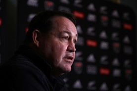 The New Zealand coach Steve Hansen speaking to the media before a Test match part of the June Internationals against France, in 2018