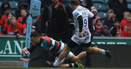 the leicester tigers winger jonny may scored two tries against gloucester during the 2018-2019 premiership season at welford road