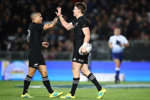 The New Zealand players retained the Bledisloe Cup in 2019 following the triumph at Eden Park, Auckland